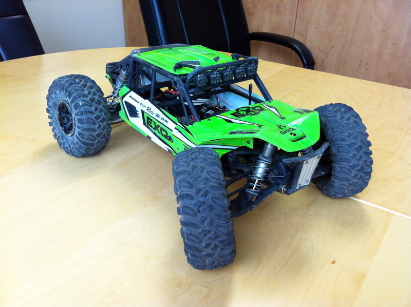 Axial Exo Tire : Pictures of an exo with crawler tires please